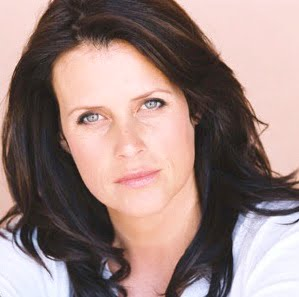 Lisa Oz